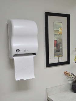 Auto Paper Towel White Mounted